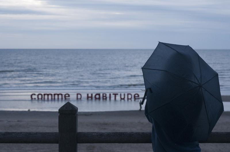 bd-comme-dhabitude-parapluie-20130817-02